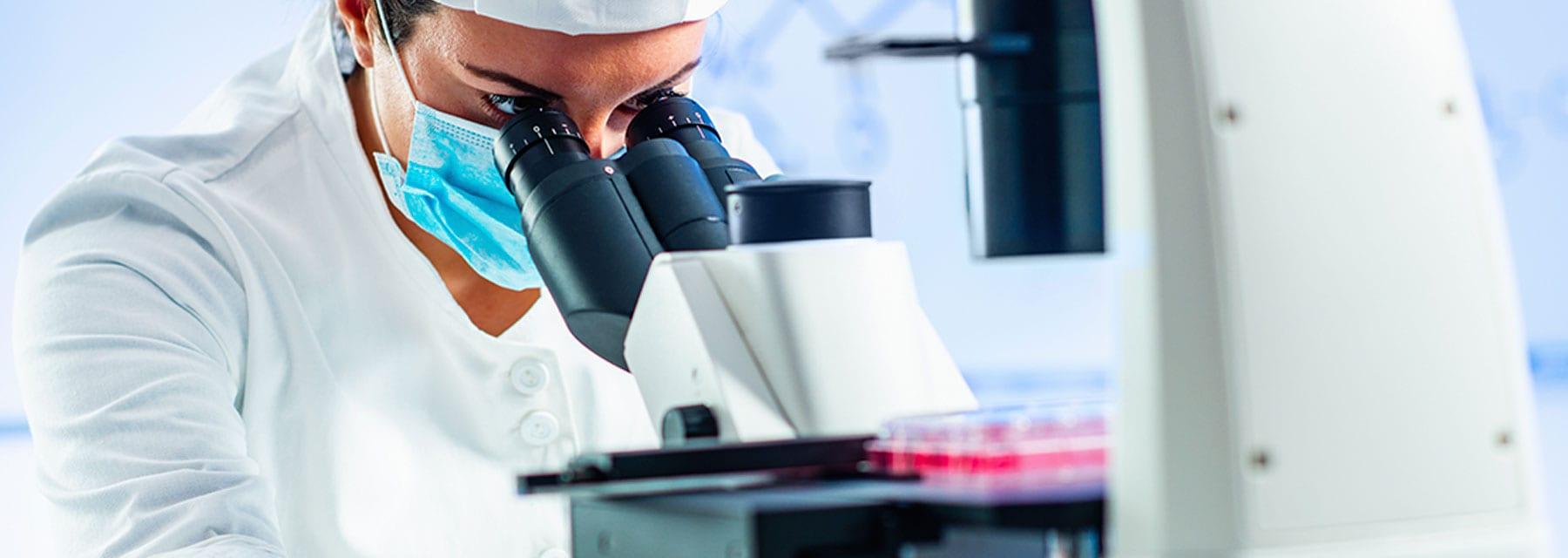 sueldo como biólogo molecular